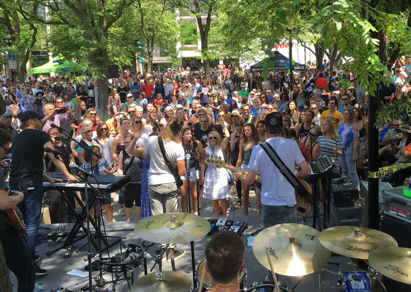 Moon Taxi at Sonic Lunch